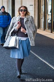 Pleated Skirt Street-Style Winter