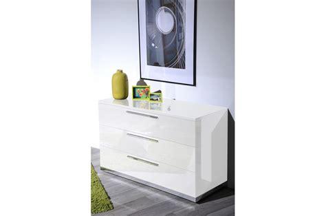 chambre à coucher complète adulte meuble commode laqué blanc design trendymobilier com