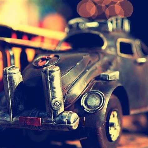 Old Little Car Ipad Wallpaper Download