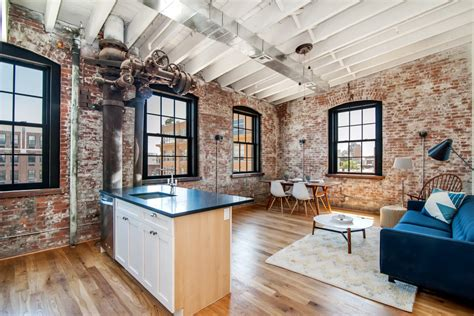 Loft Wohnung Fabrikhalle by Williamsburg S New Soda Factory Lofts Bottle Industrial