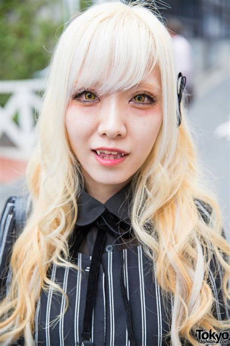 blonde harajuku girl  fangs striped fashion justin