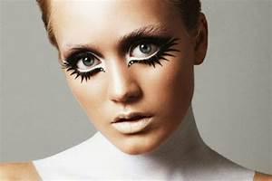 25 Artistic Halloween Makeup Ideas | PicsHunger