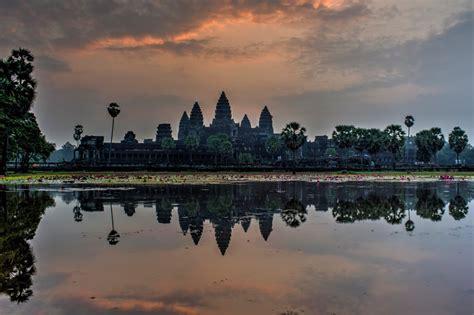 Sunrise At Angkor Wat Hecktic Travels