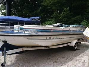1992 Lowe Deck Boat
