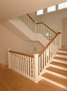 Stahl Holz Treppe : holztreppen treppen materialien baustoffe baunetz wissen ~ Markanthonyermac.com Haus und Dekorationen