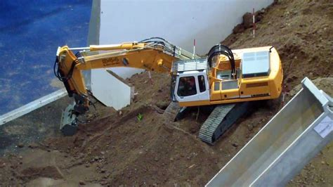 rc bagger rc excavator liebherr  litronic youtube