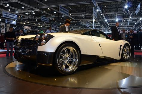 The Gallery For --> Pagani Huayra White