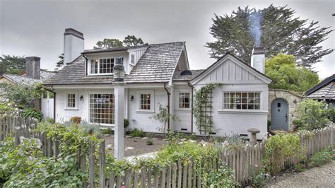 Classic Murphy S Country English Style Cottage Once Upon