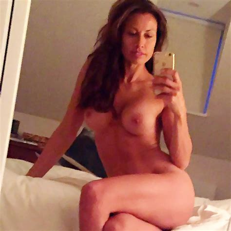 Melanie Sykes Nude Leaked Private Photos Collection