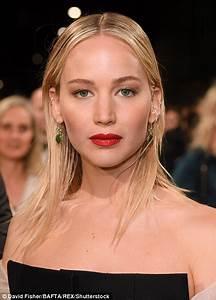 BAFTAS 2018: Jennifer Lawrence wears black for Time's Up ...