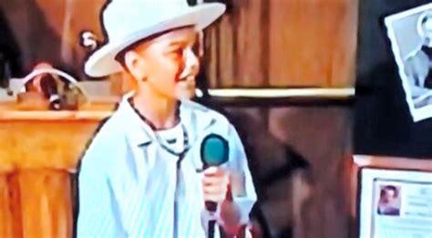 home video shows  year  kane brown singing tim mcgraw