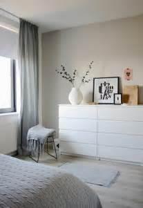 wandfarbe für schlafzimmer schlafzimmer kommoden funktionalität und ordnung