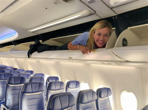 If you're thinking about becoming a flight attendant, southwest is considered one of the best airlines you can work for. After 35 years, former Southwest Airlines ticket agent gets her flight attendant wings