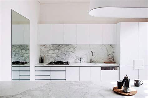 cuisine sur cuisine marbre blanc