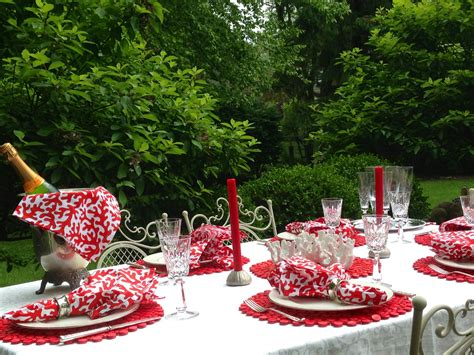 red coral table l sea inspired summer tablescape red door table decor
