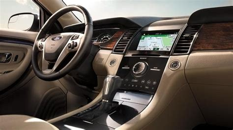 ford taurus    fords flagship model