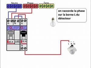 Branchement Detecteur De Mouvement : le branchement du d tecteur de pr sence youtube ~ Dailycaller-alerts.com Idées de Décoration