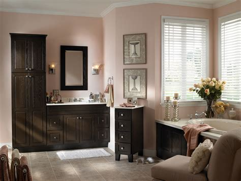 Bathroom Cabinets : Adding Elegance And Style To Your