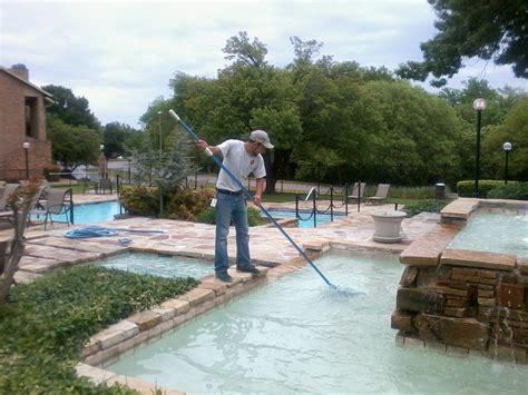 Polycarbonate Swimming Pool Enclosure Vs. Swimming Pool