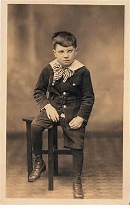 Vintage Little Boy - Cranky! - The Graphics Fairy