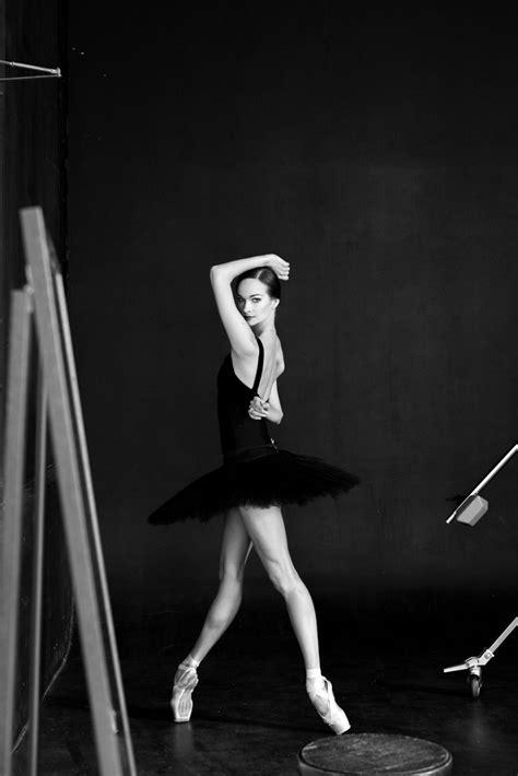Šie 15 kadri pierāda, ka balets nav domāts vājajiem. Bilde ...