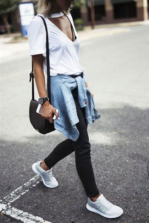 Ultra Comfy Sneakers Outfits Perfect For Fall Fashion