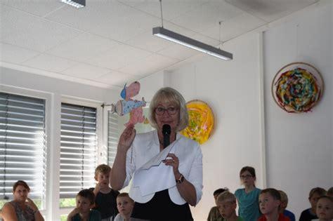 Frau Meier Le by Einschulung 2017 171 Mira Lobe Schule