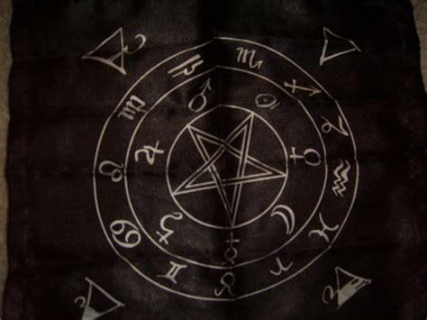 Iron Maiden Desktop Wallpaper Satanic Pentagram Wallpapers Wallpaper Cave
