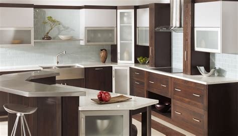 plain fancy usa kitchens  baths manufacturer