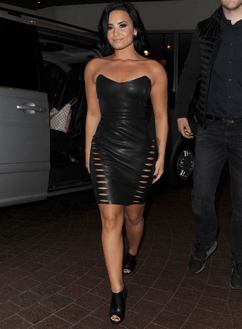 Killer Curves and Sexy Cutouts! Steal Demi Lovato's UK ...