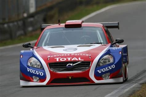 Volvo S60 Racing by 5 Questions 224 Bart Crols Managing Director Volvo S60