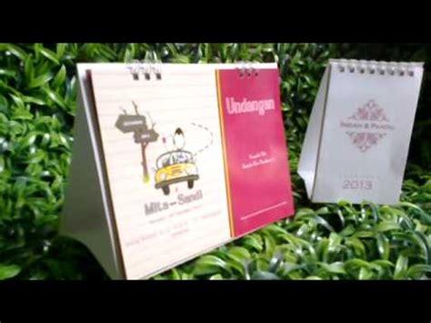 undangan pernikahan kalender meja duduk murah contoh