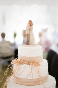 willow tree cake toppers the beauty of simple wedding cakes paperblog