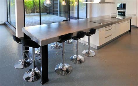 grand ilot de cuisine grand ilot avec espace repas pour 6 ou 7 personnes
