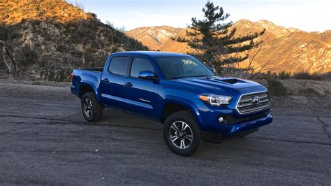 Toyota Photo by 2016 Toyota Tacoma Review Photos Caradvice