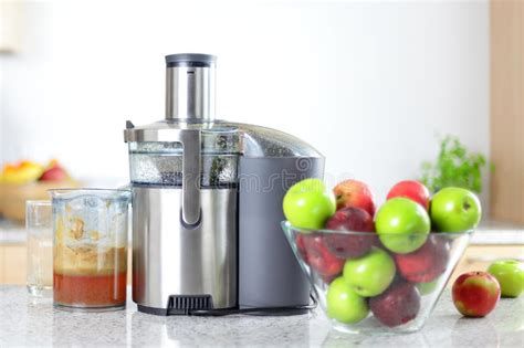 apple juicer juice machine juicing kitchen fresh apples preview
