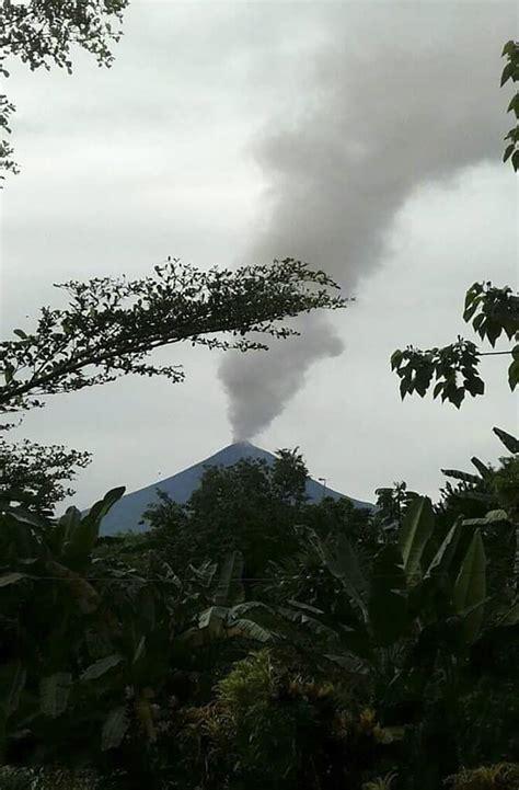 papua  guinea volcano spews ash triggering eruption alert