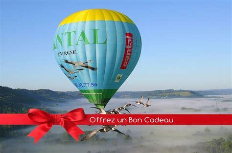 livre de cuisine en ligne bon cadeau vol en montgolfière avec les oiseaux voler avec les oiseaux cabanes arbres cantal