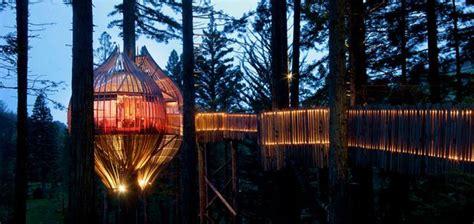 redwoods treehouse restaurant    worlds