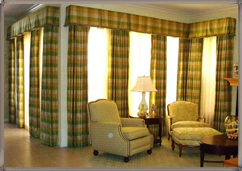 Cute Living Room Valances For Your Home