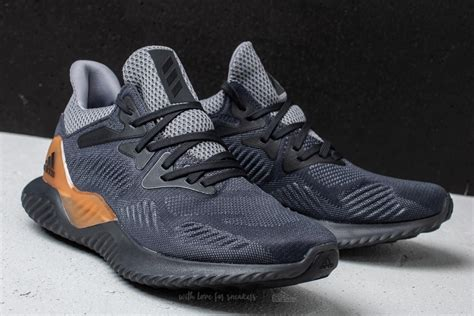 descuento adidas alphabounce rc carbon chalk pearl black 1011986 hqwmzfr adidas alphabounce beyond m grey carbon solid grey footshop