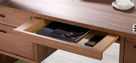 Schreibtisch Mit Vielen Schubladen by Schreibtisch Massivholz