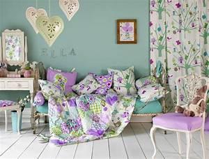 idees en 50 photos pour choisir les rideaux enfants With déco chambre bébé pas cher avec robe tissu fleuri