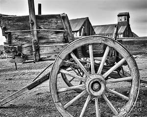 Old West Wagon Photograph by James Eddy