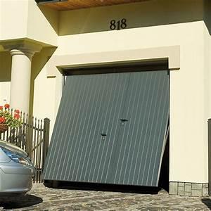Porte De Garage Motorisée Avec Portillon : porte de garage basculante avec portillon motoris e rainures larges horizontales porte ~ Dode.kayakingforconservation.com Idées de Décoration