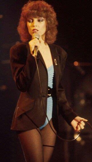 What a singer!! | Pat benatar, Women in music, Female singers