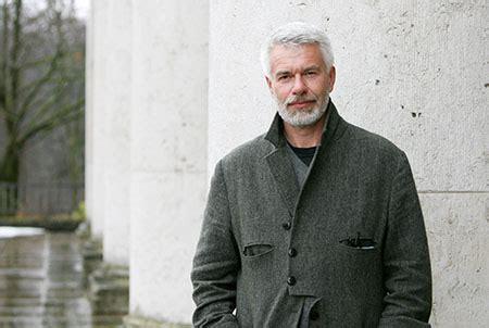 director of tate modern chris dercon frieze