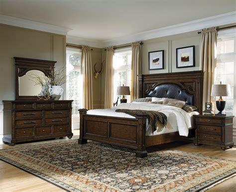 pulaski furniture durango ridge queen bedroom group
