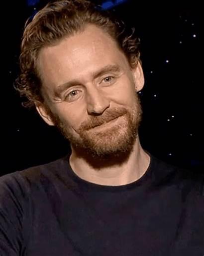 Tom Hiddleston Loki Beard Reader Fondo Pantalla