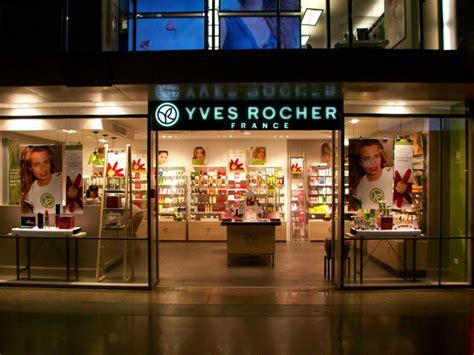 yves rocher si鑒e social a roma riapre l 39 atelier della cosmétique végétale yves rocher fashion times